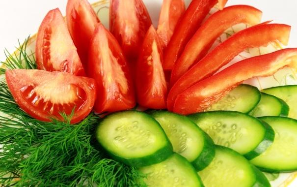 огірки і помідори